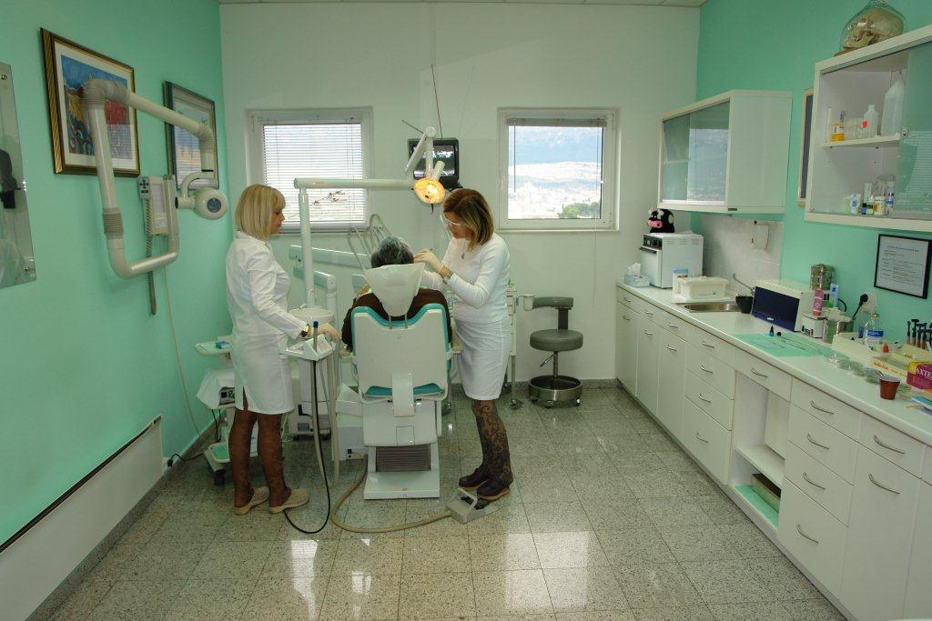Sensodyne pasta za zube iskustva